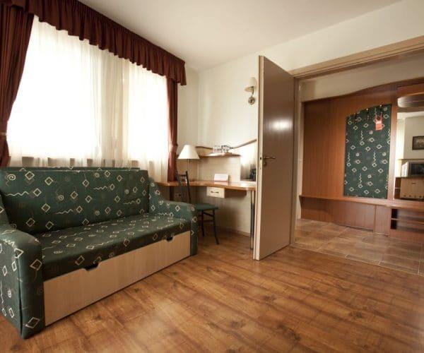 Atrium-room1