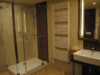 Hotel Makár Superior fürdőszoba