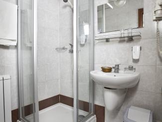 Hotel Makár Sport fürdőszoba