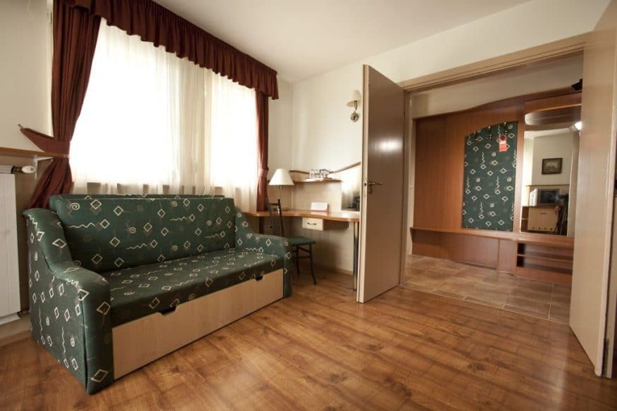 Hotelmakar-atrium-room-2
