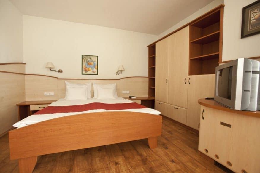 Hotelmakar-atrium-room
