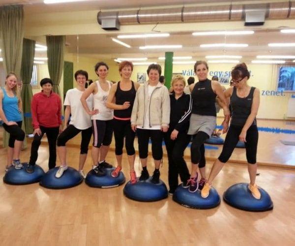 Hotelmakar-aerobic-csapat-pecs
