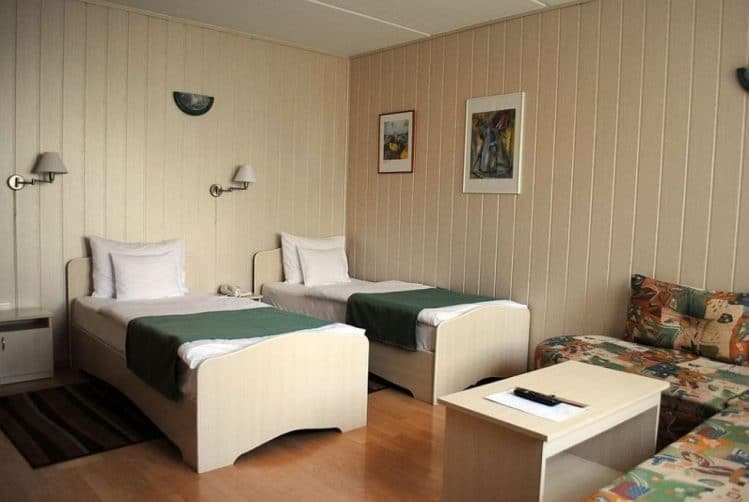 Sport Standard (3*) 19.400 HUF/2 Person/night; More Nights: 17.900 HUF/2 Person/night