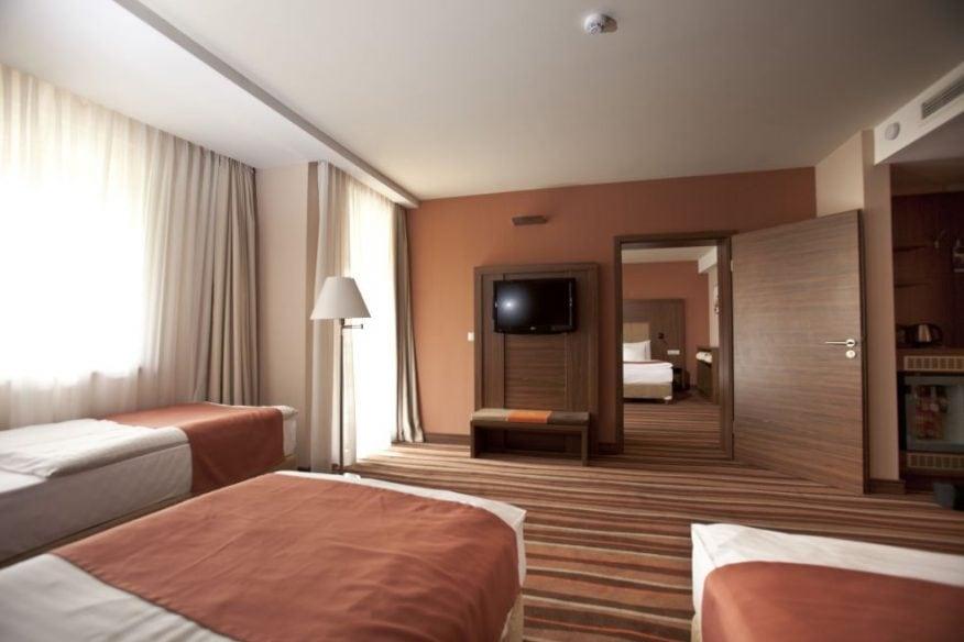 Hotelmakar-superior-contact-room
