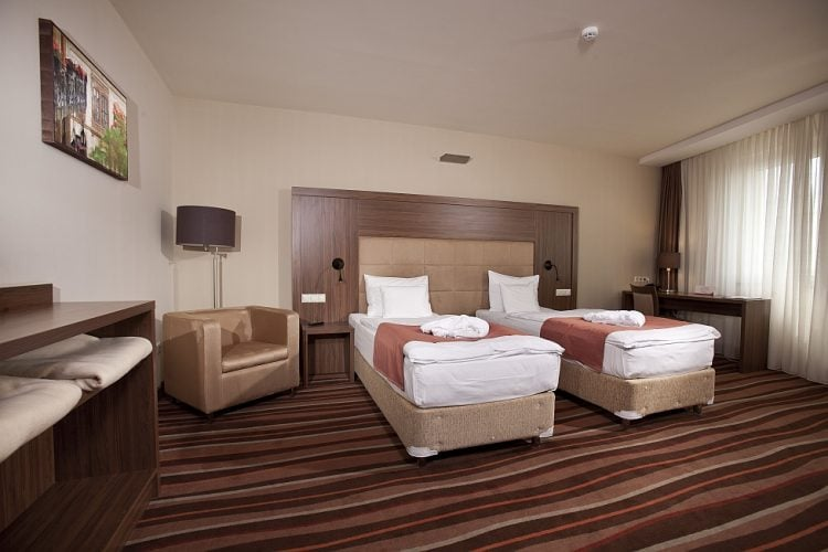 Hotelmakar-central-room