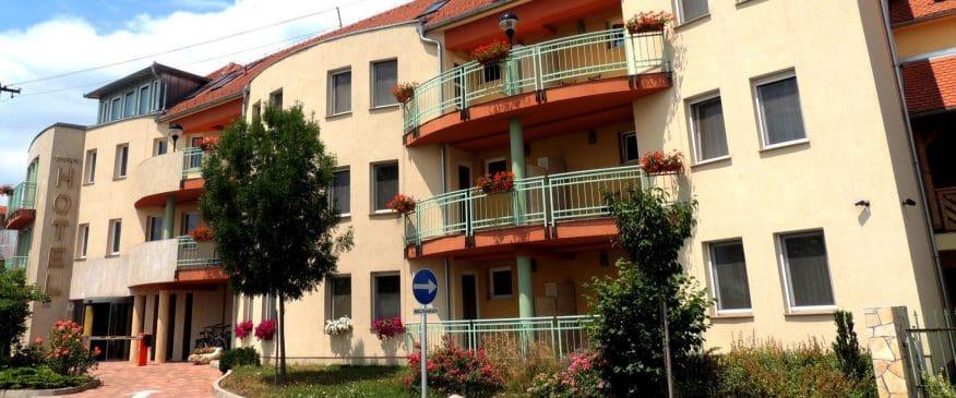hotelmakar-pecs-central