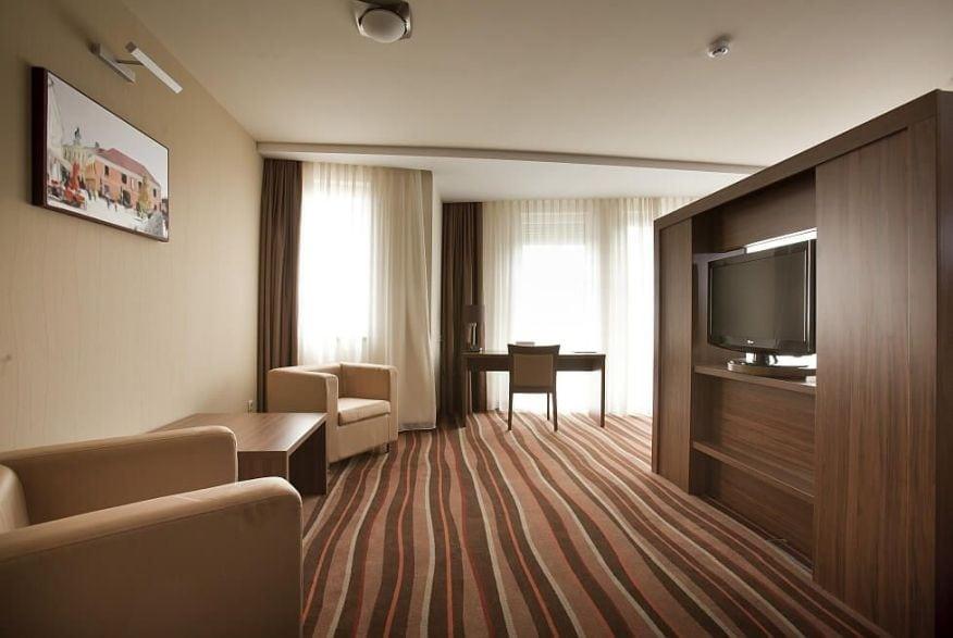 Hotelmakar-deluxe-room2